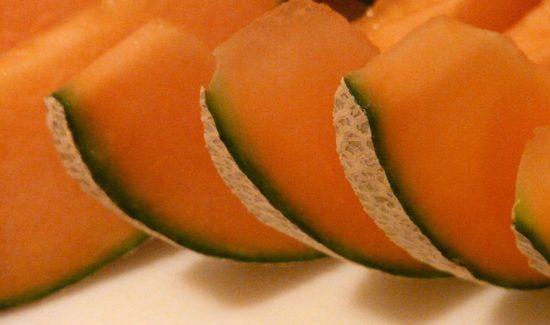 Cantaloupe Melonen geschnitten
